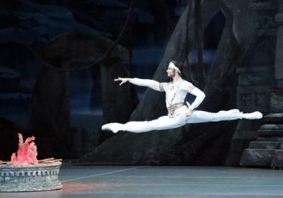 Ovazioni interminabili alla Scala per La Bayadère con la giovane coppia Tissi e Kovalëva del Bolshoi