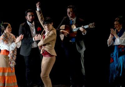 L'impetuoso flamenco di Jesús Carmona ammalia il pubblico al Piccolo Teatro Strehler