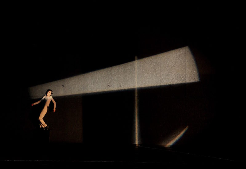 """""""She"""" di Saburo Teshigawara inaugura la stagione coreutica alla Triennale Teatro dell'Arte"""