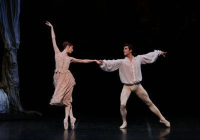 """La coppia Bolle-Zakharova in """"Manon"""" ammalia il pubblico"""