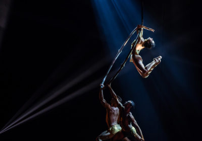 """Cinque giorni di danza atletica con """"Play"""" di Kataklò al Teatro Carcano"""