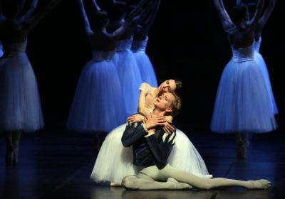 """Passionali, vibranti, drammatici: Hallberg e Zakharova coppia sublime in """"Giselle"""" alla Scala"""
