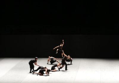 """""""Venezuela"""" di Batsheva Dance Company cattura la platea al Teatro Grande di Brescia"""