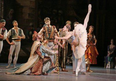 """Dal Teatro alla Scala i virtuosismi di """"Le Corsaire""""  da oggi su Rayplay"""