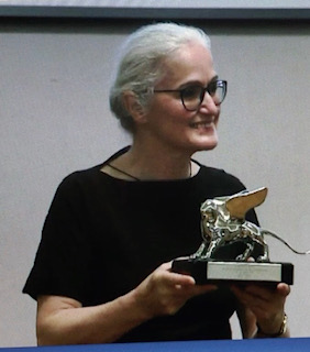 La Biennale Danza premia le sue muse: Leone D'Oro a La Ribot e Leone D'Argento a Claudia Castellucci