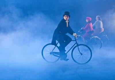 """Casadei racconta """"Felliniana-Omaggio a Fellini"""" con Artemis Danza in streaming dal Teatro Galli di Rimini il 20 gennaio"""