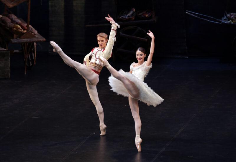 Danza in tv e streaming con la compagnia del Teatro alla Scala che rivela una sorpresa per fine marzo